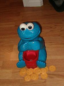 1999 Hasbro Sesame Street Playskool Count 'N Crunch Cookie