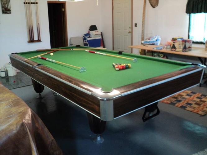 By Brunswick Snooker Table For Sale In Sherwood Park Alberta - Brunswick commander pool table
