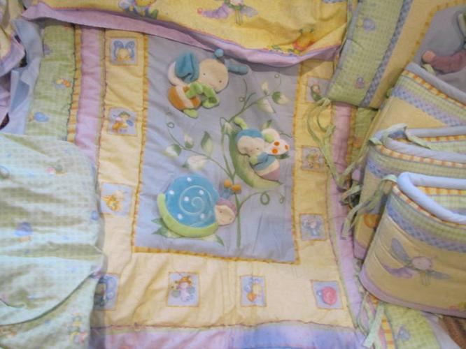 8pc Snuggle Bugs Crib Bedding With Bonus Mobile: Medical Crib Sheets At Alzheimers-prions.com