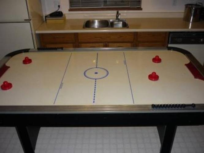 Charmant Air Hockey Table (Harvard)
