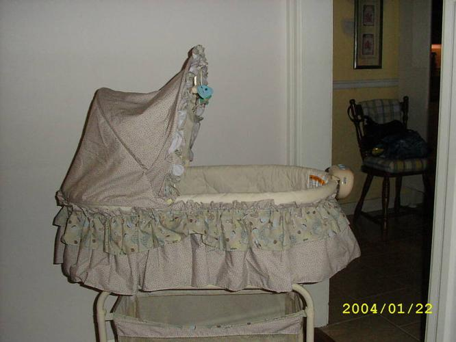 Baby Bassinet on stand