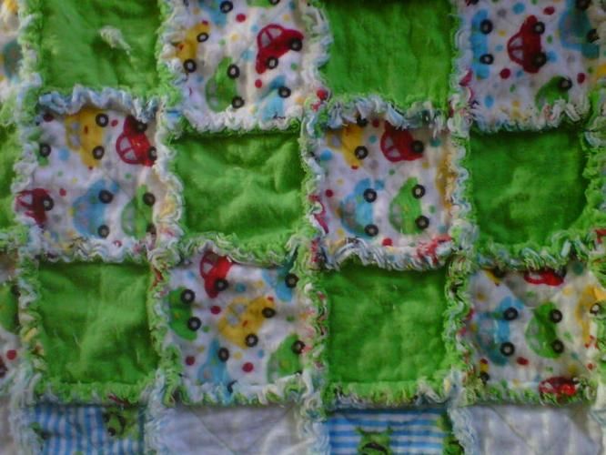 BABYBOYS REVERSIBLE QUILTS