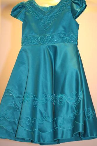 Beautiful Holiday Dress 2 T - Brand New with Tag