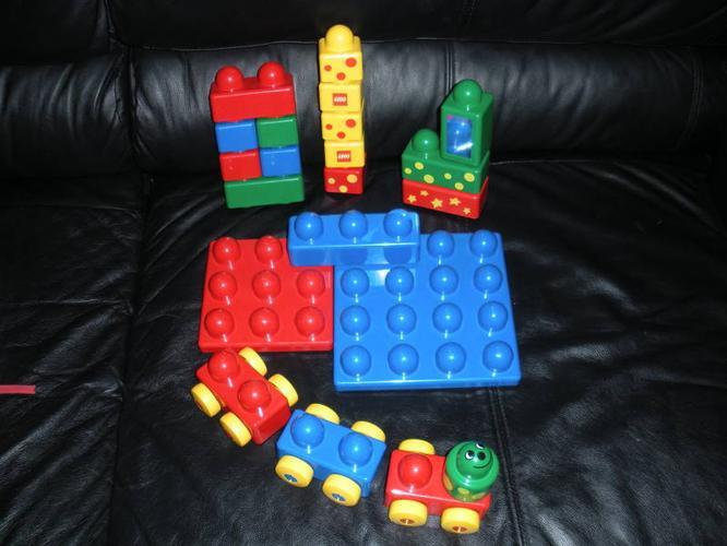 ~*~Big Lego Duplo & Car/Plane/Tool Playset $20~*~