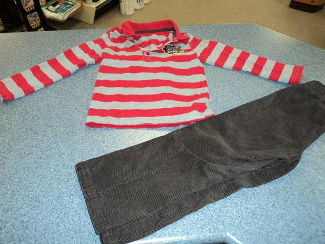BOYS SIZE 4/5 CLOTHING
