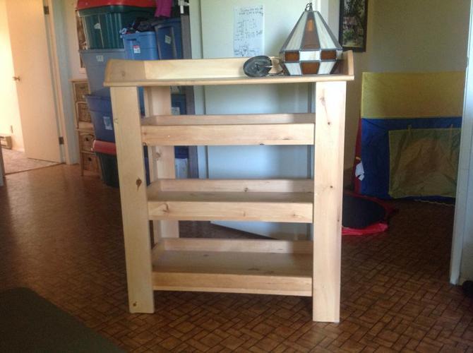 change table/shelf