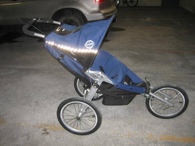 Chariot 'Running Room' single stroller for sale in Banff, Alberta ...