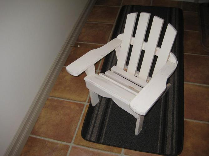 Child's Wooden Lawn Chair