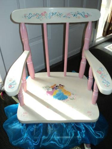 CHILDS ROCKING CHAIR SHABBY-CHIC GIRLS DISNEY PRINCESS DESIGN : tinkerbell rocking chair - Cheerinfomania.Com