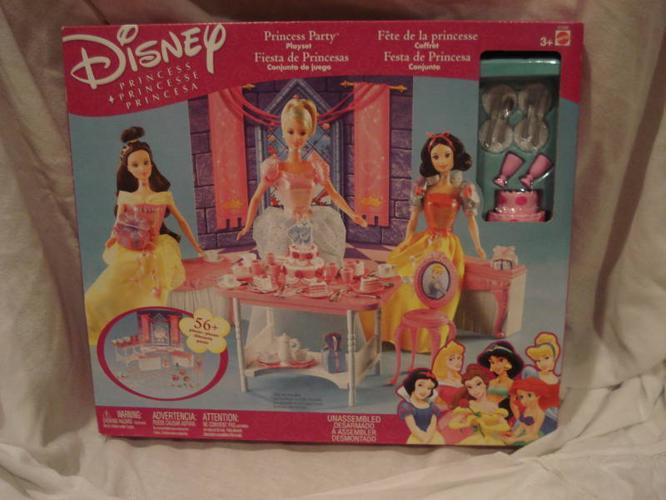 Disney Princess - brandon new items