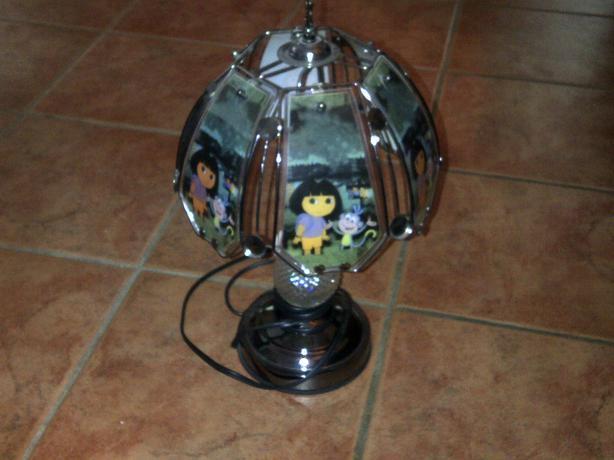Dora Touch Lamp