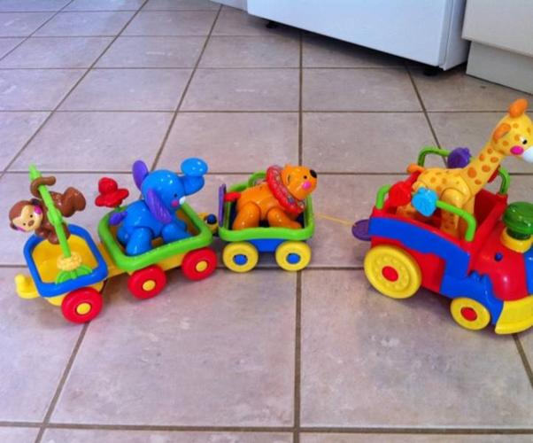 Fisher Price Amazing Animals Sing & Go Cho-Cho Train for ...