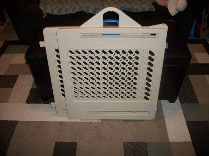 fisher price baby gate     sold p  u for sale in kingston  ontario