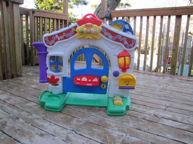 Fisher-Price Laugh & Learn Playset