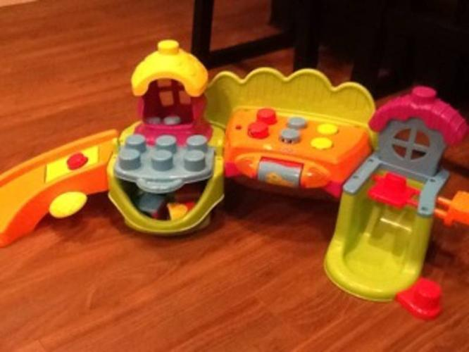Fisher Price Silly Town