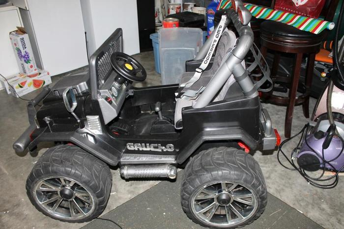 Gaucho Jeep with MP3 Player-Perfect Christmas Gift