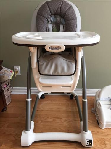 Graco Blossom 4 in 1 High Chair System in EUC