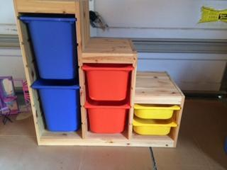 Great storage unit for toys