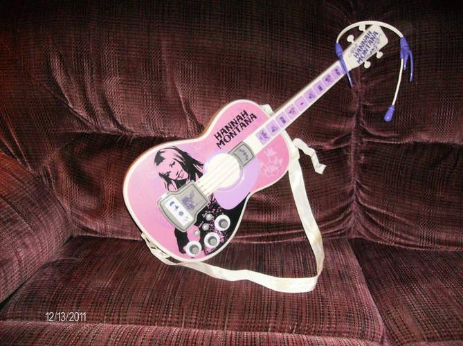 Hannah montana rock star acoustic guitar for child for for Rock star photos for sale