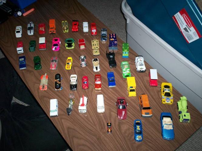 hotwheels/toy cars