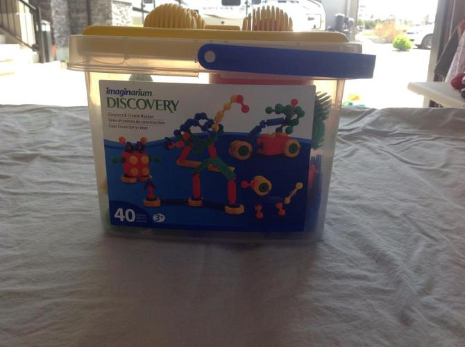 Imaginarium Discovery Connect and Create Bucket