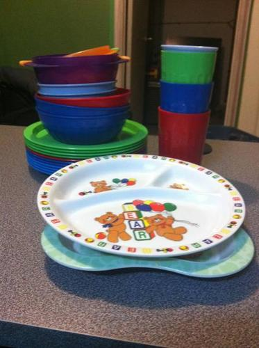 Kids plates, cups and bowls