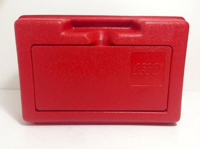 Lego - Wanted Vintage Red Lego Carrying Box