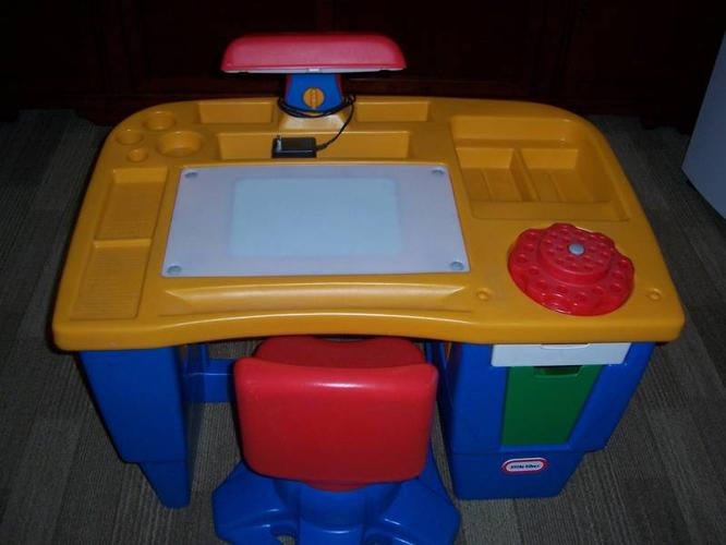 Little Tikes Desk with Swivel Chair for sale in Saskatoon
