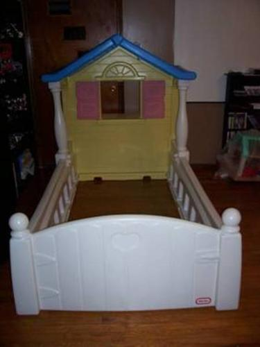 Little tikes twin storybook cottage bed little tikes for Cozy cottage toddler bed