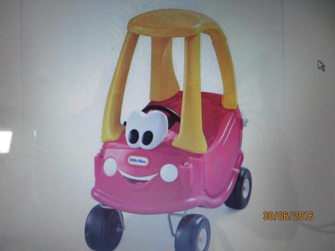 Little Tykes ride on car