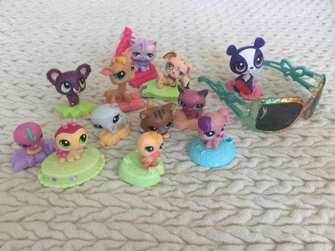 littlest Pet Shop lot plus bonuses!