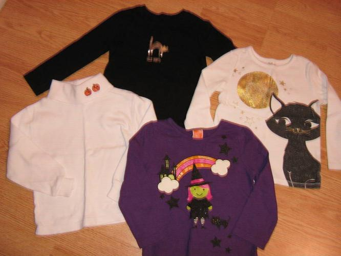 Lot of Girls Halloween 4 Tops & 2 PJ's ~ size 2 (Clayton Park)