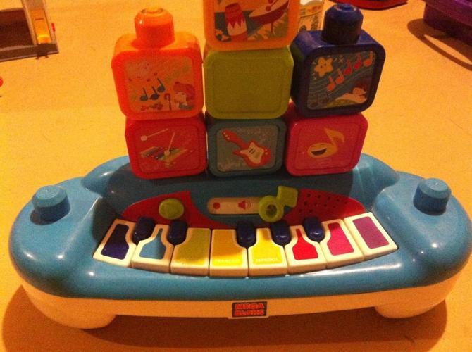 mega bloks musical piano