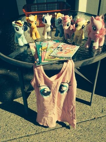 MY LITTLE PONY - everything shown in the photo.