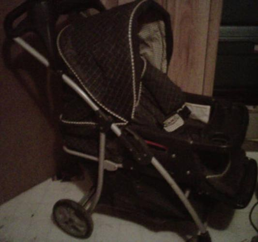 Navy Blue Graco Stroller with foot cover