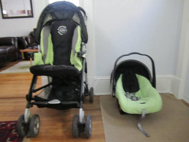 Peg Perego P3 Pilko stroller with free matching infant seat/base