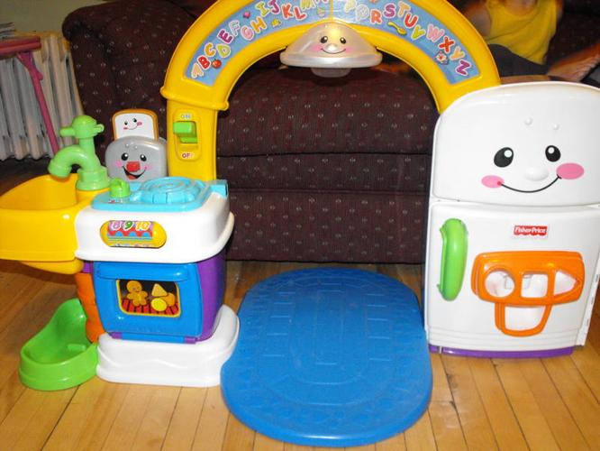 play kitchen and playmat