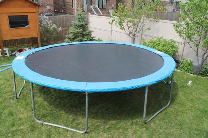 Round Trampoline, 14-ft for sale in Munster, Ontario - Baby