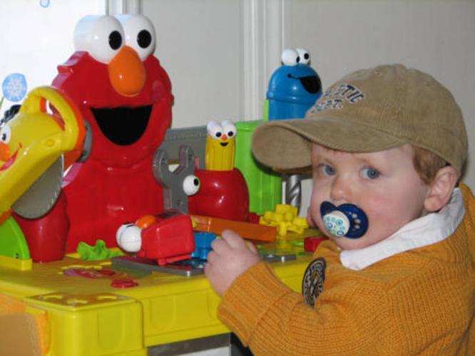 Sesame Street Sing & Giggle Elmo workbench