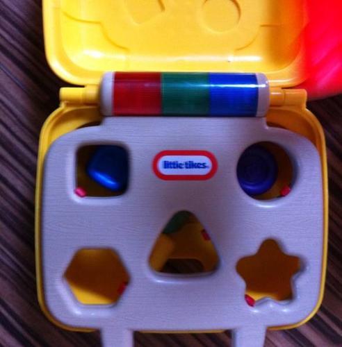 Shape sorter toys