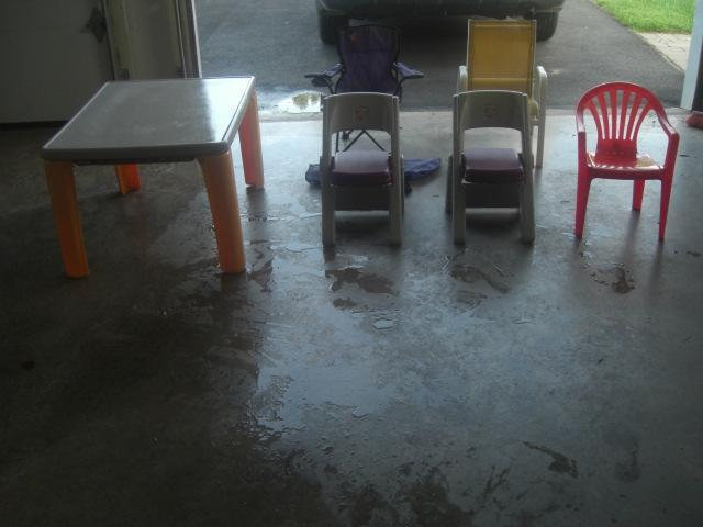 Step 2 Table with 2 chairs and extra chairs, Elmo seat w/bag
