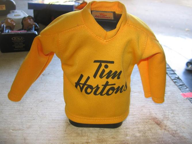 Tim Hortons Timbits Jersey #8 Cosby piggy bank.   (292 4512)