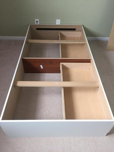 Twin Bed (South Shore Furniture)