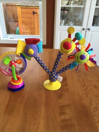 Two High Chair Suction Toys
