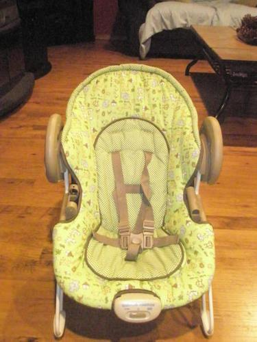 Vibrating Chair for Infant