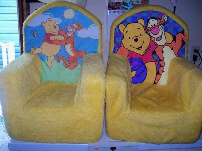 Gentil Winnie The Pooh Plush Toddler Chairs