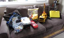 Crane (SOLD), K'Nex (SOLD), Electronic drum (SOLD), Little MD (SOLD), Cars, Bob the Builder Set, Smurfs, Mega Blocks Trucks (big and small), Tonka truck.