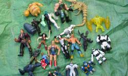 wwf pirates of the Caribbean Ben 10 toy soldiers