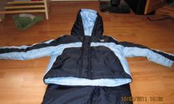 2 piece snow suit - great condition, no holes.