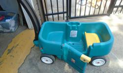 green wagon = 30$,,,,,,,blue wagon = 20$ 8 joanisse st. apt.2 (side door) HULL, j8x1a5